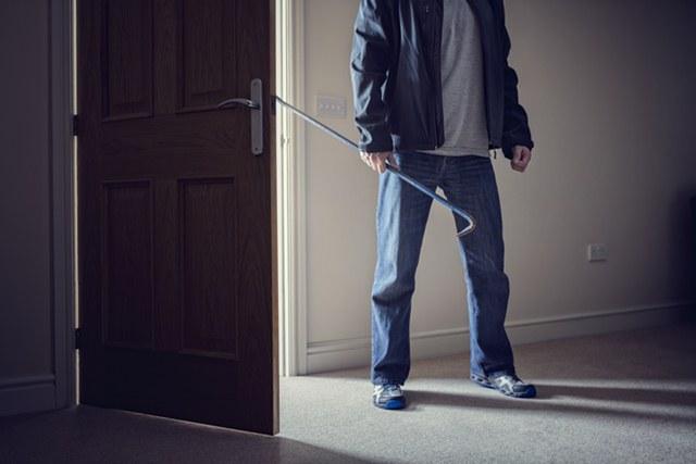 zabezpieczanie mieszkania przed włamaniem